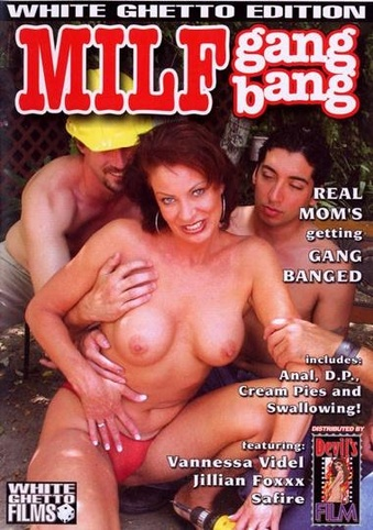 Pull hair spank foreplay
