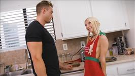 Blondes Do It Better 2 Scene 2